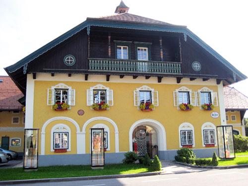 Außenaufnahme: Das Haus der Meister